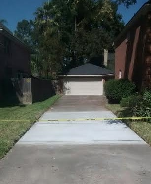 how does driveway replacement cost in Houston